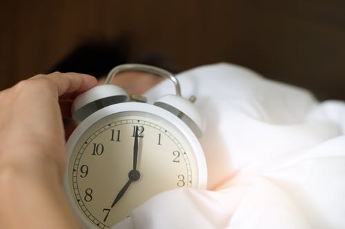 Circadian Rhythm - why should we Sleep and Wake up at the same time